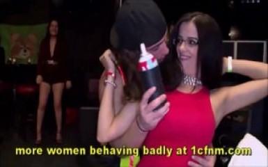 Головокружительная оргия с выпившими девушками
